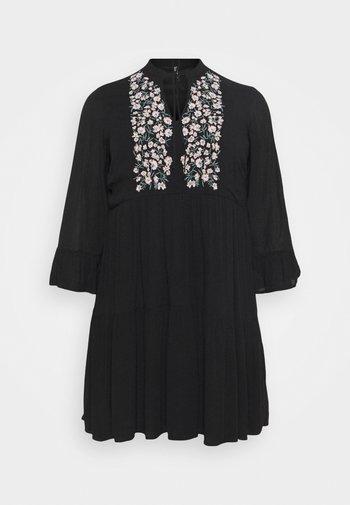 PCLEIA DRESS - Robe d'été - black