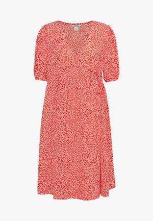 YOANA DRESS - Denní šaty - red