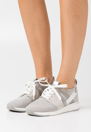 LACE UP - Tenisky - light grey