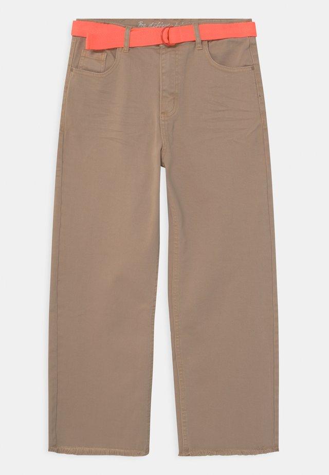 CULOTTE TEENAGER - Jeans a sigaretta - beige