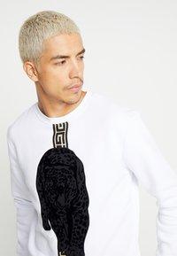 Glorious Gangsta - HATHI - Sweatshirt - white - 4