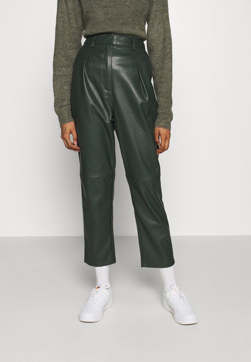 EDITED - MARJELLA TROUSERS - Trousers - grün