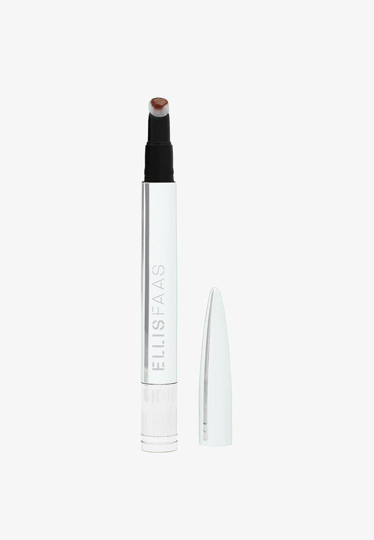 ELLIS FAAS - CREAMY LIPS - Liquid lipstick - hazelnut