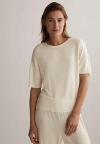 OYSHO - Pyjama top - off-white - 0