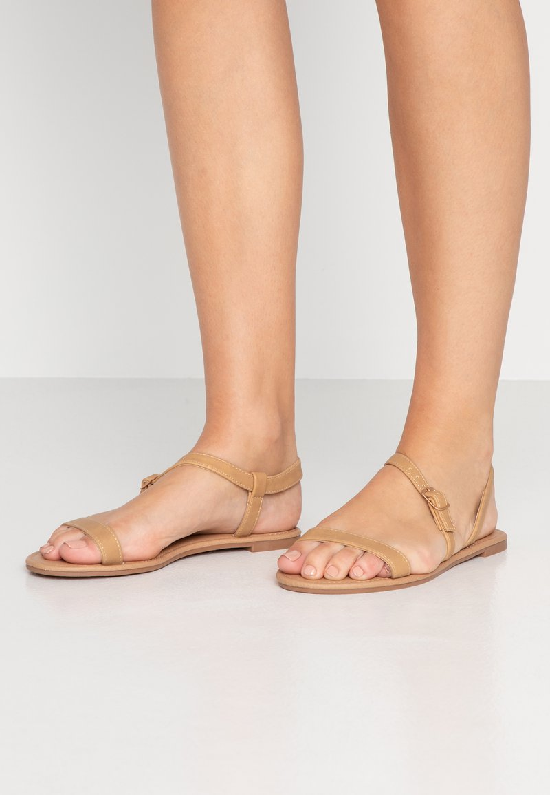 Rubi Shoes by Cotton On - EVERYDAY BELLA WRAP  - Sandaalit nilkkaremmillä - tan