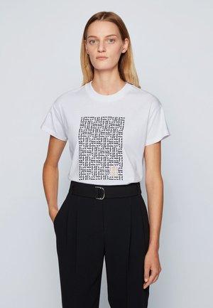 EILISSA - Print T-shirt - patterned