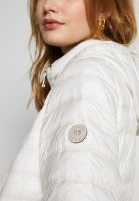 Barbara Lebek - JACKE STEPP MIT KAPUZE - Light jacket - offwhite - 6