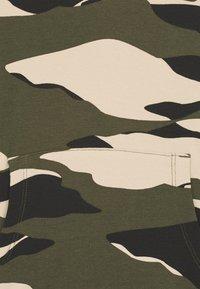 Lindex - MINI MONKEY CAMOUFLAGE - Sweatshirt - dark khaki green - 2