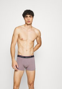 Tommy Hilfiger - TRUNK 3 PACK - Pants - iris blue/luna phase/lilac ice - 3