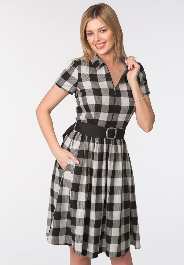 DRESS MILANA - Vapaa-ajan mekko - black & white checks