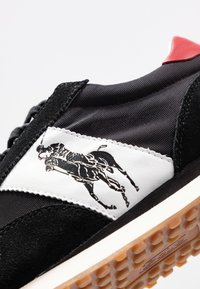 Polo Ralph Lauren - TRAIN - Sneakersy niskie - black/red - 6