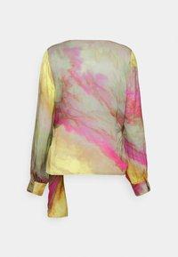 Esqualo - BLOUSE OVERLAP BLURRED PRINT - Blouse - multi-coloured - 1