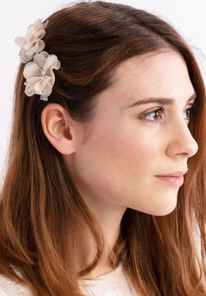 Hair styling accessory - nude
