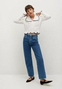 Mango - JULIETTE - Flared Jeans - donkerblauw - 1
