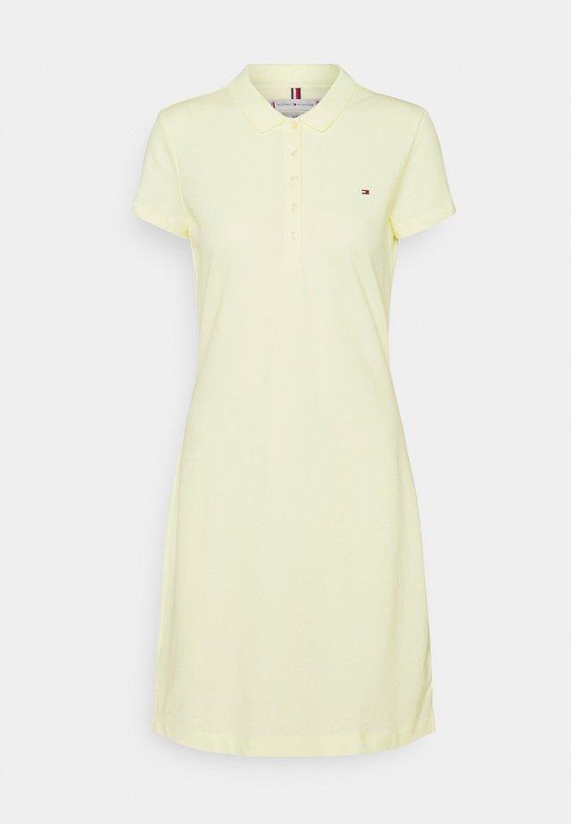 SHORT DRESS - Freizeitkleid - frosted lemon
