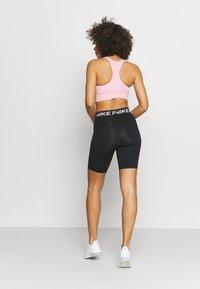 Nike Performance - 365 SHORT - Tights - black/white - 2