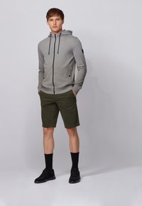 BOSS - ZOUNDS  - Zip-up hoodie - light grey - 1