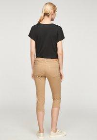 s.Oliver - Denim shorts - sand - 2