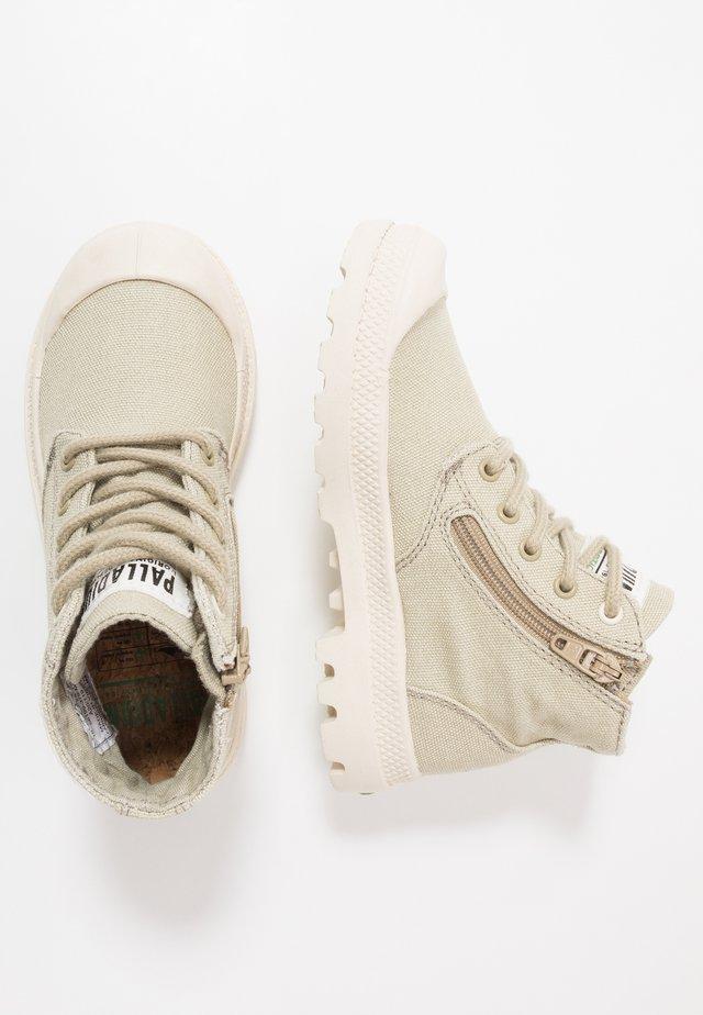 PAMPA ORGANIC - Kotníkové boty - eucalyptus