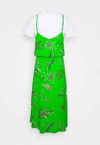 Desigual - VEST NEIDA - Robe d'été - lime green - 1