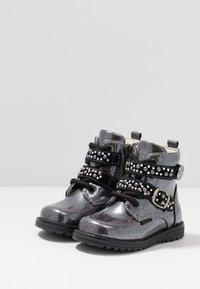 Primigi - Lace-up ankle boots - canna fuc/nero - 3