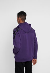 adidas Originals - REVEAL YOUR VOICE LITHOODY - Hættetrøjer - legend purple - 2