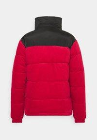 Karl Kani - UNISEX RETRO REVERSIBLE PUFFER JACKET - Winter jacket - dark red - 1