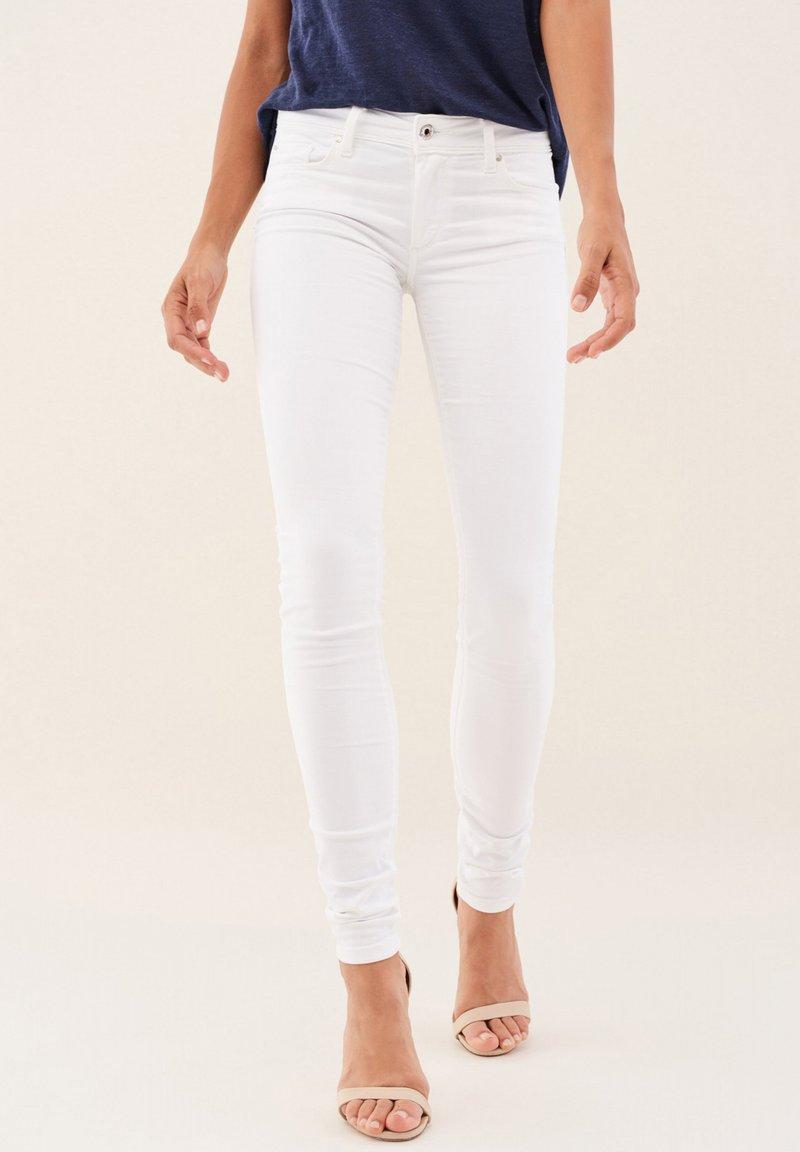 Salsa - PUSH UP SKINNY - Jeans Skinny Fit - weiß_0001