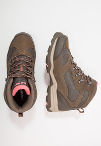 Hi-Tec - STORM WP WOMENS - Outdoorschoenen - taupe/dune/georgia peach - 1