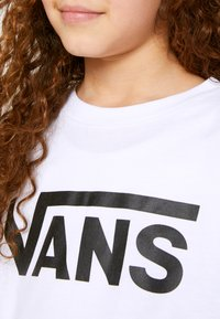Vans - BY VANS CLASSIC LS BOYS - Maglietta a manica lunga - white/black - 4
