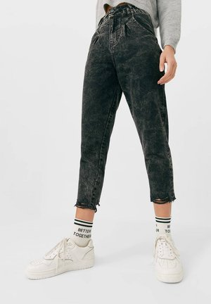 MIT GUMMIZUG - Jeans Tapered Fit - grey