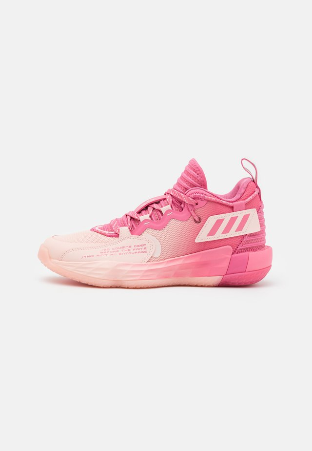 DAME 7 EXTPLY BASKETBALL LILLARD LIGHTSTRIKE SHOES MID - Basketbalové boty - pink
