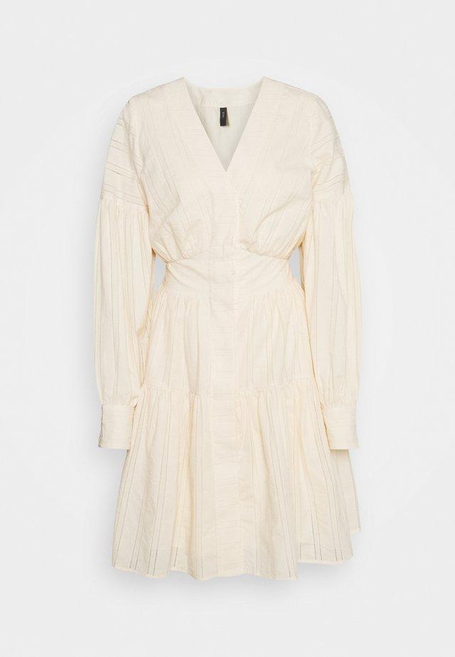 YASUNITTA DRESS - Vestito estivo - eggnog