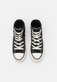 Rubi Shoes by Cotton On - BRITT RETRO - Sneakers hoog - black - 5