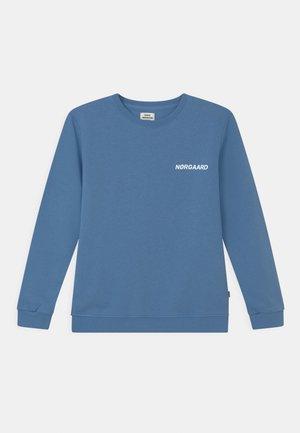 SOLOMINO UNISEX - Sweatshirt - riviera
