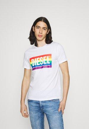 PRIDE DIEGO UNISEX - T-shirt imprimé - white