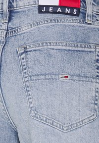 Tommy Jeans - ULTRA WIDE LEG - Relaxed fit jeans - light blue denim - 5