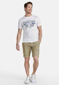 LERROS - Shorts - brindle beige - 1