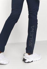 Salewa - PEDROC - Pantaloni outdoor - navy blazer - 4