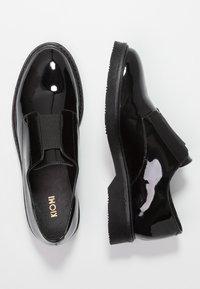 KIOMI - Slippers - black - 3