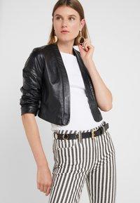 Versace Jeans Couture - Skärp - black - 1
