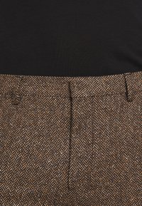 Shelby & Sons - BARAH TROUSER - Trousers - brown - 7