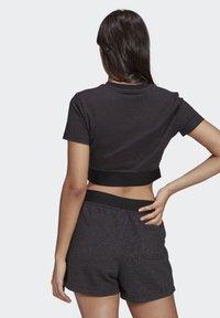 adidas Originals - R.Y.V. CROP TOP - Print T-shirt - black - 1