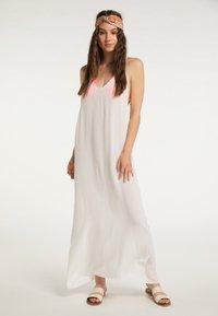 IZIA - Maxi dress - wollweiss - 3