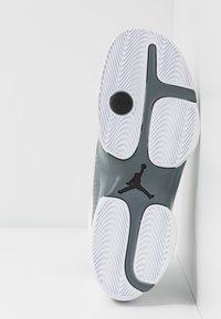 Jordan - JUMPMAN TEAM FLOW - High-top trainers - white/black/cool grey - 4