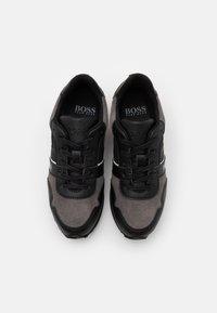 BOSS Kidswear - TRAINERS - Trainers - medium grey - 3