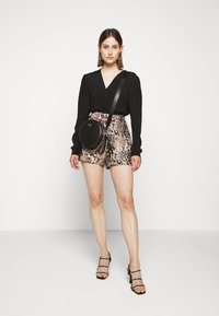 J.CREW - LEOPARD SAILCLOTH - Shorts - ashen black - 1