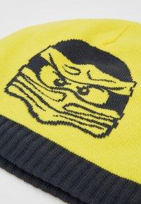 LEGO Wear - WALFRED HAT - Mütze - yellow - 2