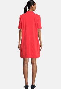Betty Barclay - Shirt dress - poppy red - 1