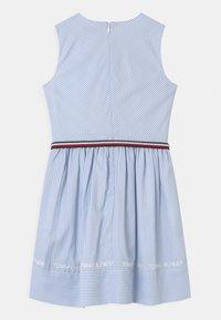 Tommy Hilfiger - STRIPE V-NECK - Vestito elegante - calm blue - 1